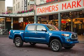 toyota trucks usa toyota tacoma is best performer in small pickup truck crash tests ksas