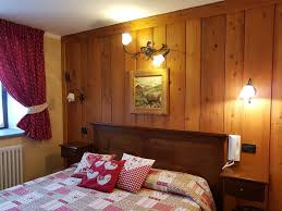 id s aration chambre salon bed and breakfast l ancien paquier chambre d hotes valtournenche