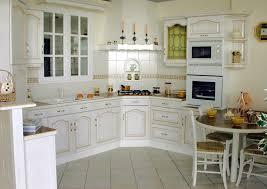 cuisine avec plaque de cuisson en angle acr cuisines combettes cuisines authentique