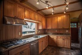 Kitchens With Maple Cabinets 1l Maple Shaker Kitchen Cabinets Contemporary Kitchen