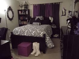 purple black and white bedroom black white and purple room decor photogiraffe me