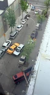 lexus taxi brooklyn driver caught on video ramming cars to escape cops ny daily news