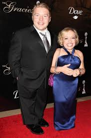 jennifer arnold on the little couples hair style little couple star jen arnold opens up about uterine cancer
