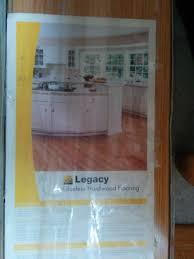 do i hardwood or laminate floor how do i clean it