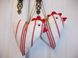 hearts and kitchen collection country kitchen shabby chic decorative chicken hanging hearts
