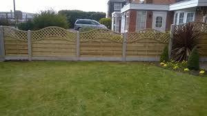 Types Of Garden Fencing Featheredge Boards