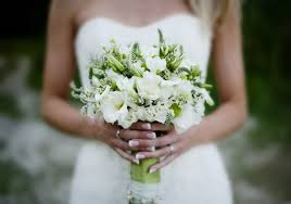 wedding deals 25 of the best cyber monday wedding deals for brides