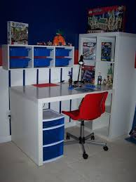 Lego Furniture For Kids Rooms by Best 25 Lego Desk Ideas On Pinterest Lego Table Ikea Ikea