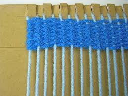 How To Make A Rag Rug Weaving Loom How To Weave On A Cardboard Loom Craftstylish