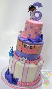 doc mcstuffins birthday cakes doc mcstuffins theme birthday cake cakecentral