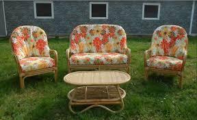 cuscini per poltrone da giardino salotti da giardino tavoli e sedie di legno rattan e interessi