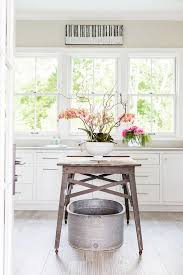 Southern Home With Neutral Interiors Home Bunch  Interior - Southern home interior design