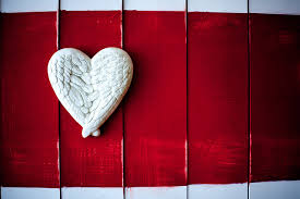 Wall Decorations For Valentine S Day by 5 Cute Valentine U0027s Day Decorations That Will Warm Your Home