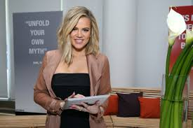 khloe kardashian u0027s new haircut may be your new go to hairdo for