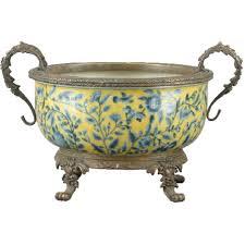 oriental designs fleumont centerpiece