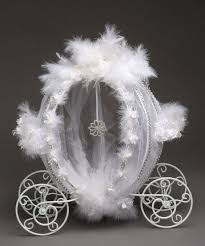 Cinderella Wire Carriage Centerpieces by 21 Best Cinderella Brides Cinderella Carriages Bridal Shower