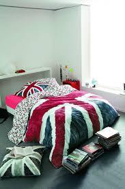 d馗oration angleterre pour chambre housse de couette angleterre on decoration d interieur moderne choisir un beau linge de lit idees 400x600 jpg