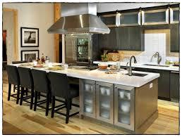 cuisine avec ilot table idée de cuisine avec ilot central photo et enchanteur idee de