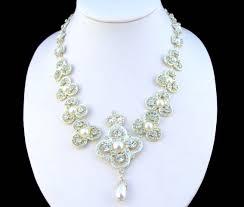 golden jubilee diamond size comparison the best of queen elizabeth u0027s jewelry collection queen victoria