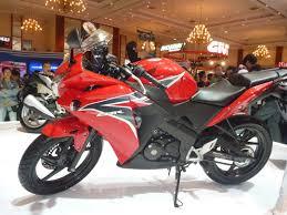 cbr 150cc semester pertama 2011 cbr 150cc serbu pasar edo rusyanto u0027s traffic