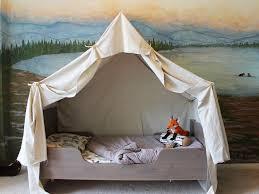 Diy Canopy Bed Diy 16 Diy Canopy Beds Easy Diy Princess Canopy Easy Diy