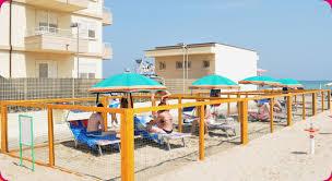 bagno per cani area attrezzata per cani spiaggia misano spiaggia servizi bagni 55