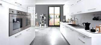modele cuisine blanc laqué modele cuisine blanc laque cuisine equipee blanc laque flash modele