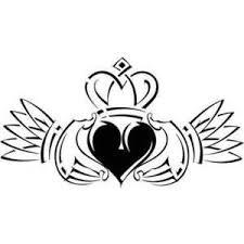 32 best claddagh tattoo designs images on pinterest tattoo ideas