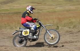 how to wheelie a motocross bike excursion heaven vmx vintage motocross bulahdelah april 18