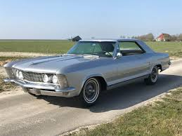 wanna buy a buick riviera 465 v8