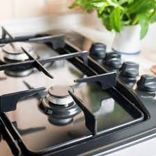 what s the best thing to clean kitchen cabinets with how to clean the burners on a gas stove
