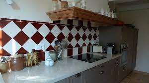 carrelage cuisine provencale photos cuisine provençale traditionnelle carrelages boutal fabricant à