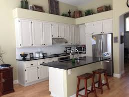 Changing Color Of Kitchen Cabinets What Color Should We Paint Our Kitchen Cabinets