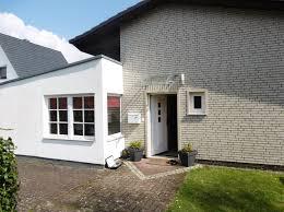 Haus Verkaufen Sana Immobilien Immobilien In Hamburg Pinneberg Und Umgebung