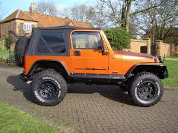 jeep wrangler lowered jeep wrangler 40 grizzly 2dr soft top for sale in leighton buzzard