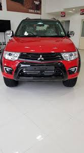 mitsubishi pajero sport modified mitsubishi pajero sport select plus launched priced at rs 28 6