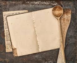 vieux ustensiles de cuisine livre manuscrit de recette de vintage et vieux ustensiles de cuisine