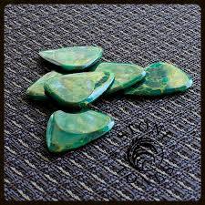 Corian Stone Tones Tin Of 4 Corian Stone Guitar Picks Timber Tones