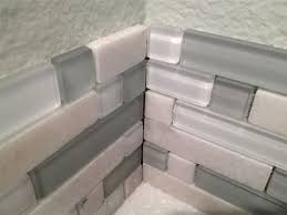 how to backsplash kitchen diy kitchen backsplash part 4 installing backsplash tiles