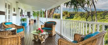 spectacular homes with wraparound porches