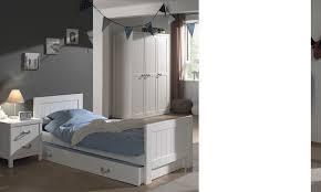 chambre enfant blanc chambre design blanche avec poignées corde