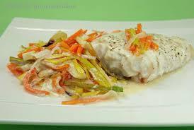 cuisiner poisson blanc filet de poisson à la julienne de légumes péché de gourmandise