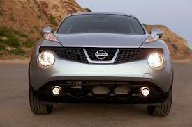 nissan juke xenon lights refreshing or revolting 2015 nissan juke motor trend