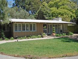 Ranch Style Bungalow 1950s Beach Bungalow Redesigned For Modern Indoor Outdoor Living