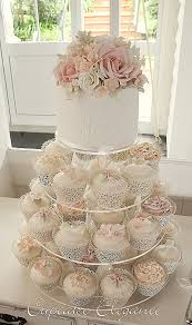 wedding cake and cupcake ideas wedding dresses beautiful cupcakes arranged like a wedding dress