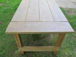 Build A Heavy Duty Picnic Table by How To Apply A Wax Finish To An Outdoor Picnic Table How Tos Diy