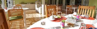 chambre style africain bienvenue au stannards guest lodge knysna afrique du sud