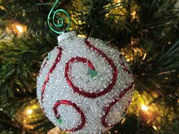 Easy Beaded Christmas Ornaments - beaded ornaments