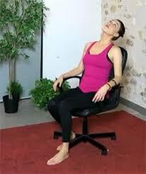 sur chaise faites vous du bien au bureau en pratiquant le sur chaise