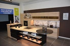 magasin cuisine laval ixina laval magasin de meubles rue de la trottinière 53000